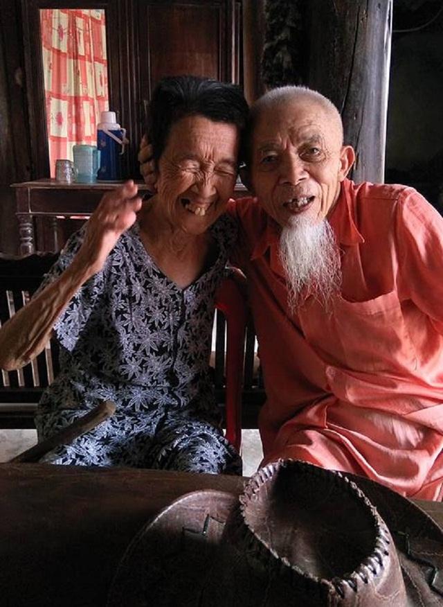Tình bạn bền chặt của tôi bạn thân tuổi gần 90