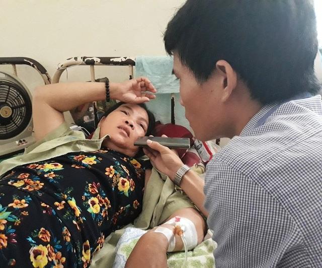 Bà Bình đang điều trị tại Bệnh viện đa khoa tỉnh Bình Định