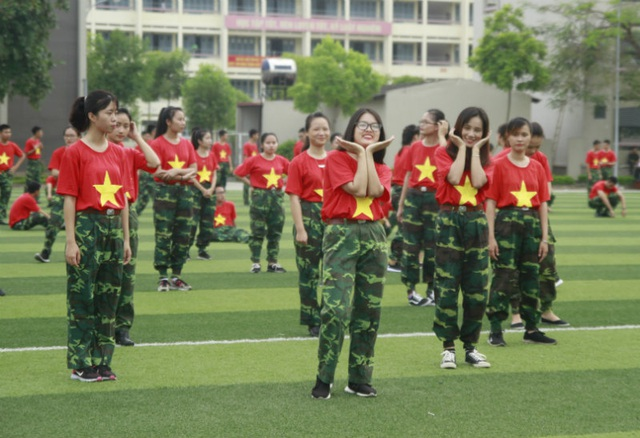 Màn nhảy flashmob đậm chất quân nhân của SV trường Khoa học quân sự - 3