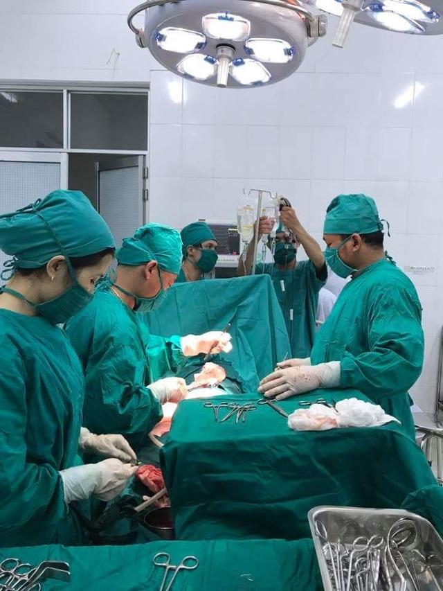 Ca mổ sản phụ Bhling Thị B ở Trung tâm Y tế Tây Giang