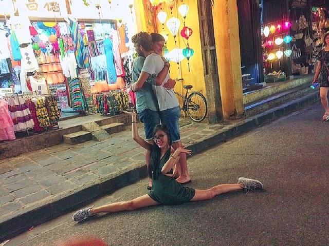"""Phong cách check-in có """"một không hai"""" của nữ sinh Nha Trang - 14"""