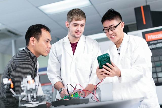 Du học Singapore : Ngành kỹ sư - một nghề kỹ thuật nhiều màu sắc - 1