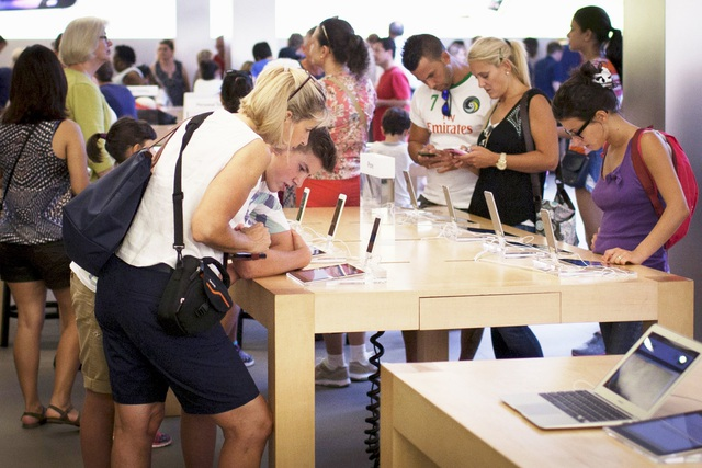 """Chuyện """"cười ra nước mắt"""" từ tên gọi của iPhone X - 2"""