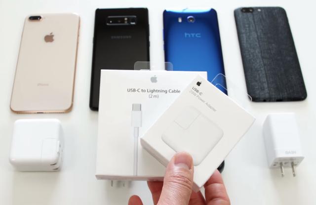 iPhone 8 Plus chỉ có thể đạt hiệu suất cao nhất nếu đi kèm 2 phụ kiện gắn ngoài.