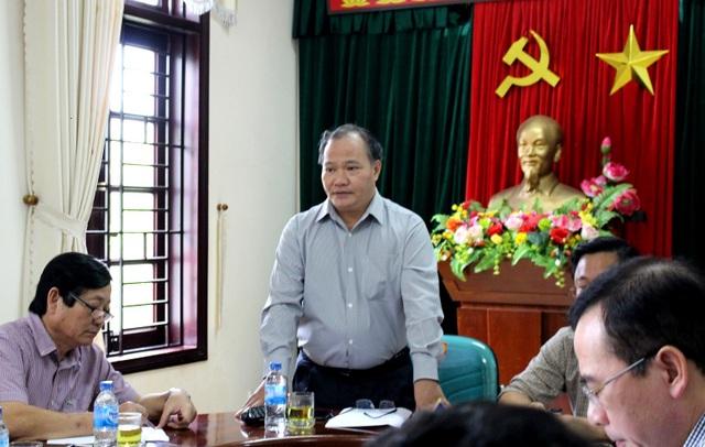 Thứ trưởng Bộ NN&PTNT Hoàng Văn Thắng làm việc với lãnh đạo tỉnh Quảng Nam sáng 2/11
