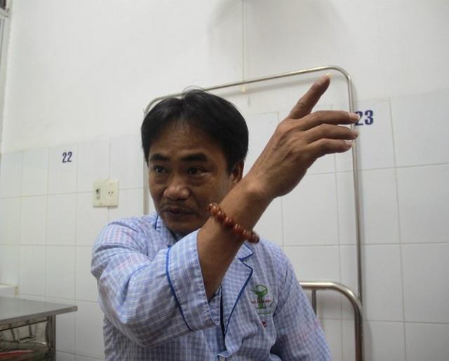 Ông Nguyễn Văn Tài kể lại phút giây kinh hoàng trên biển khi bão 12 nhấn chìm tàu hàng.