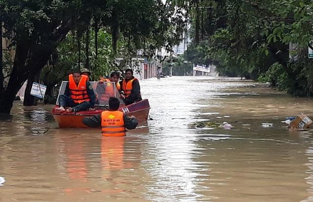 Đến nay, mưa lũ tại Bình Định làm 8 người chết và 5 mất tích
