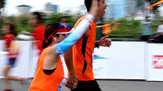 Tổ chức thành công Giải Marathon quốc tế TPHCM 2017 với sự tham dự của gần 5000 vận động viên đến từ 35 quốc gia, tham gia thi đấu các cự ly Marathon, bán marathon và 10km