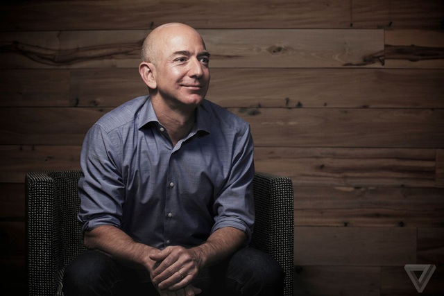 Jeff Bezos, CEO của Amazon