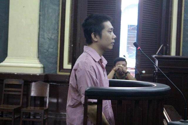 Bị cáo Viện tại tòa.
