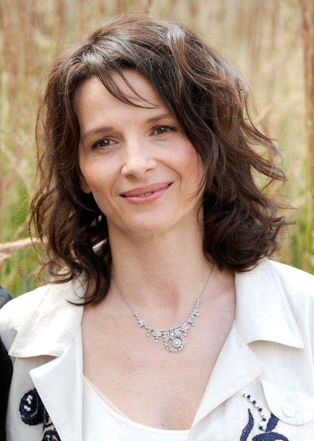 Trong phim có sự tham gia của ngôi sao Hollyood Juliette Binoche đóng vai chính.