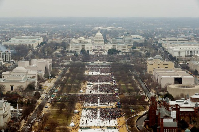 Dòng người tham dự lễ nhậm chức của tỷ phú Trump ngày 20/1/2017. (Ảnh: Reuters)