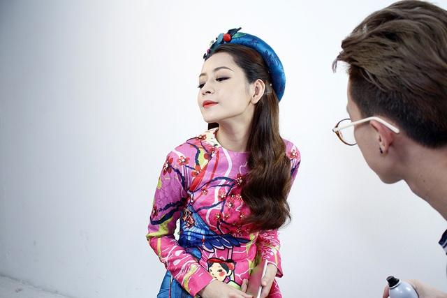 Nữ diễn viên tuổi Dậu (Chi Pu SN 1993) cho rằng không nên bỏ Tết cổ truyền vì Tết là dịp để mọi người xích lại gần nhau hơn.