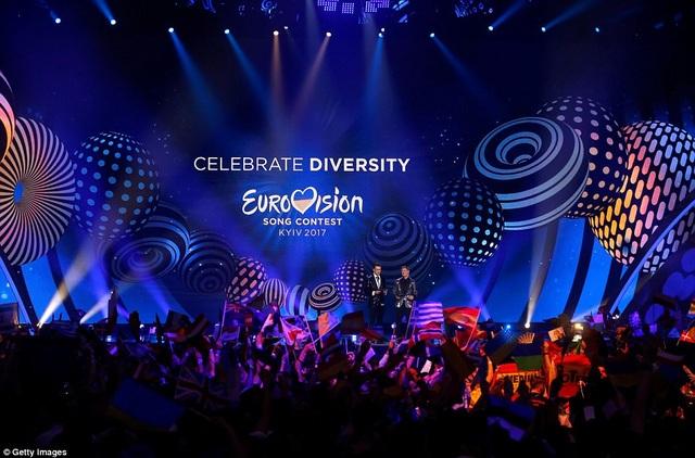 Sân khấu của cuộc thi hát Eurovision - một cuộc thi ca hát tầm cỡ quốc tế có lịch sử lâu đời nhất thế giới với tổng cộng 62 lần tổ chức thường niên.