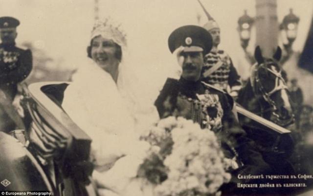 Hôn lễ của nhà vua Bulgaria - Boris III và người đẹp Giovanna đến từ nước Ý hồi năm 1930.