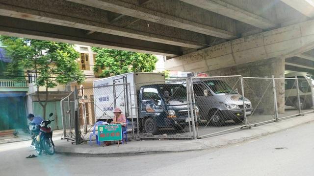 """Ninh Bình: Gầm cầu vượt bị """"xẻ thịt"""" biến thành bãi đỗ xe ô tô - 10"""