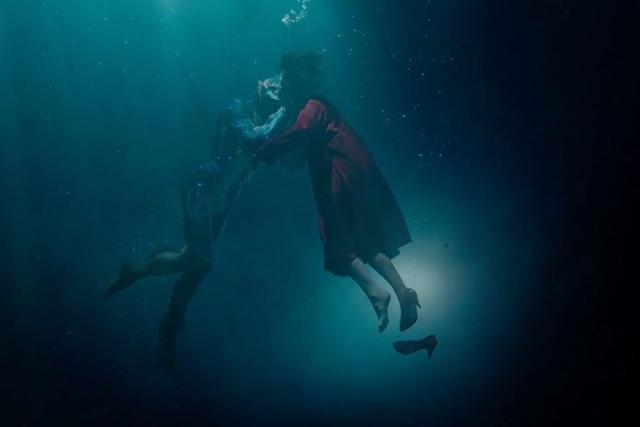 Phim 18+ hay nhất năm về tình yêu giữa cô gái câm và thủy quái - 4