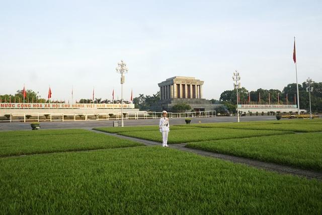 Lễ chào cờ trên quảng trường Ba Đình trong buổi sáng 2/9 - 12