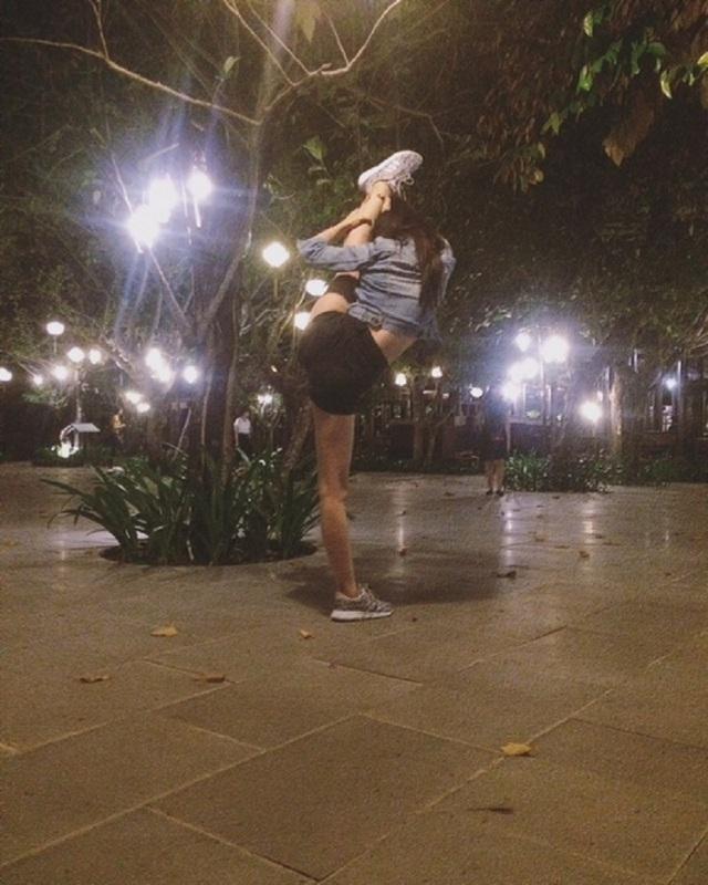 """Phong cách check-in có """"một không hai"""" của nữ sinh Nha Trang - 15"""
