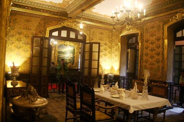 Phòng ăn đẹp cổ kính
