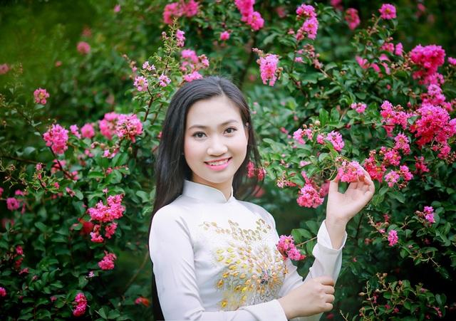 Nguyễn Thùy Trang (sinh năm 1997) - sinh viên Viện Công nghệ thông tin - ĐHQG Hà Nội.