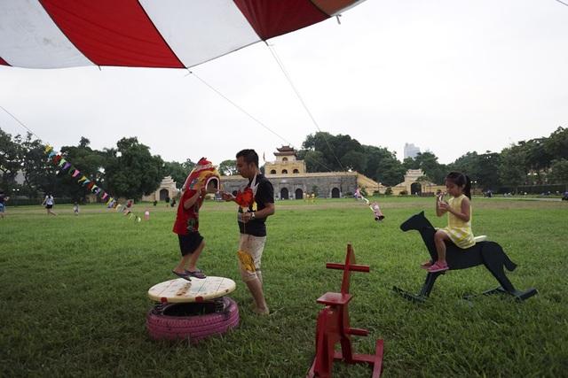 Không gian tuyệt đẹp trong khu di sản Hoàng Thành Thăng Long.
