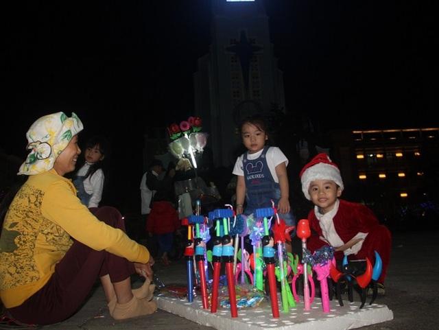 Không khí Noel đang ngập tràn trên khắp TP Quy Nhơn, tỉnh Bình Định.