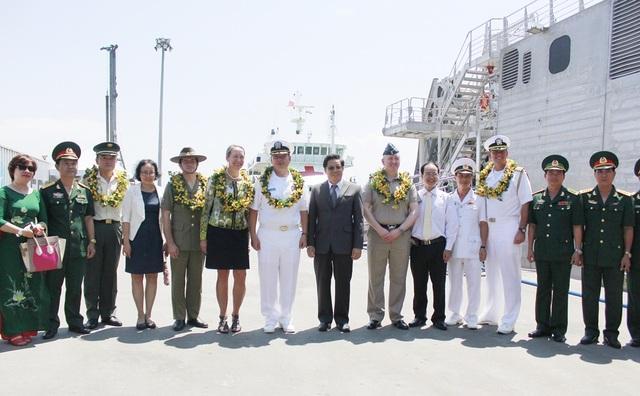 Lễ đón tàu của Hải quân Hoa Kỳ đến tham dự Chương trình PP17 được tổ chức trọng thể tại cảng Tiên Sa - Đà Nẵng