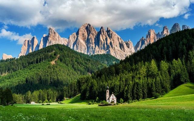 15 quốc gia sở hữu vẻ đẹp tự nhiên ấn tượng nhất thế giới - 4