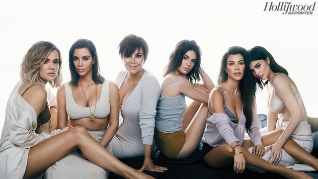 """""""Đế chế tỷ USD"""" của nhà Kardashian hình thành như thế nào? - 2"""