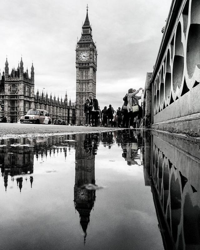 Tháp đồng hồ Big Ben tại London