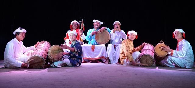 Dàn nhạc các dân tộc bản địa Việt Nam ra mắt khán giả Hà Nội với đêm diễn Đêm vô thức bản địa.