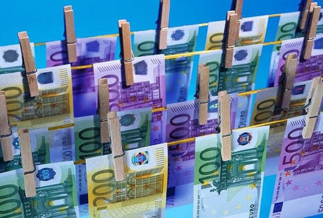 Với các quy định mới, EU hy vọng ngăn chặn được nạn rửa tiền và tham nhũng.