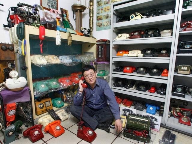 Anh Zhang Dafang sống ở Bắc Kinh, Trung Quốc có sở thích sưu tập điện thoại bàn kiểu cổ.