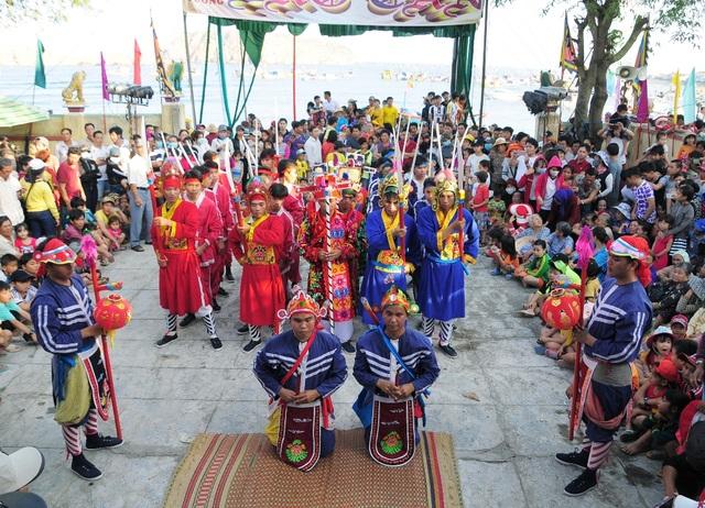 Độc đáo lễ hội cầu ngư của ngư dân vùng biển xã Nhơn Hải (TP Quy Nhơn, Bình Định)