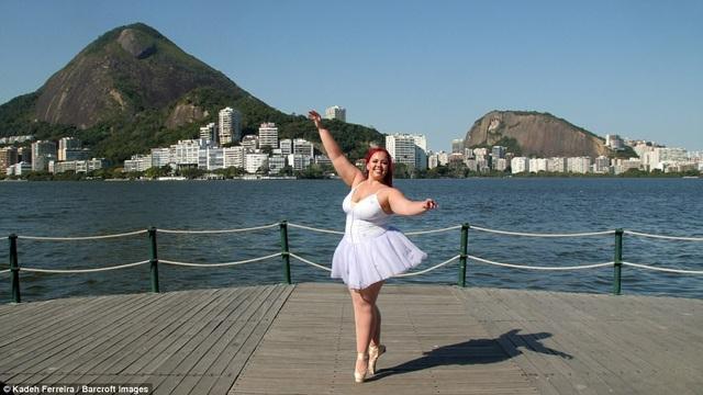 Vũ công ba-lê chuyên nghiệp Thaina Silva đến từ Rio de Janeiro, Brazil, sở hữu một ngoại hình khác biệt so với những hình dung thông thường về một vũ công ba-lê chuẩn mực, với chân dài, thân hình thanh mảnh. Dù không sở hữu một hình thể lý tưởng nhưng điều đó không khiến Thaina Silva từ bỏ ước mơ múa ba-lê, Thaina Silva vẫn tiếp tục luyện tập và theo học múa ba-lê để chứng minh rằng ai cũng có thể nhảy múa.