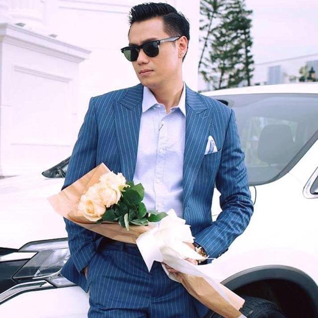 Nam diễn viên, Đạo diễn Việt Anh.