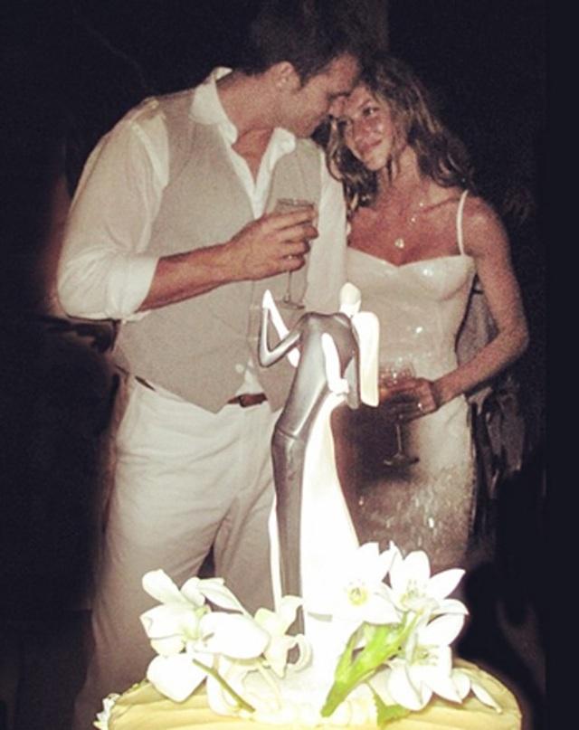 12 hôn lễ giản dị không ngờ của các ngôi sao giàu có nhất - 8