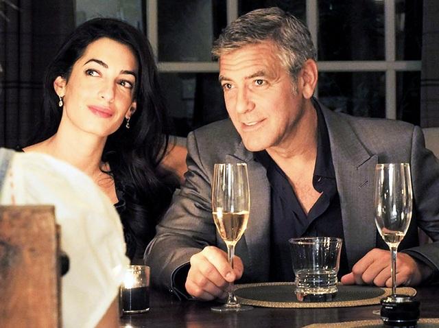 George Clooney chi 200 triệu đồng cho hàng xóm tới ở khách sạn - 1