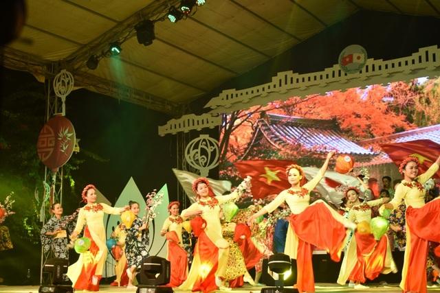 Ấn tượng đêm khai mạc giao lưu văn hóa Hội An - Nhật Bản - 15