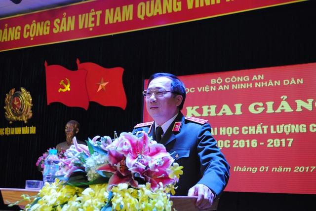 Thứ trưởng Bộ Công an - Thượng tướng Nguyễn Văn Thành