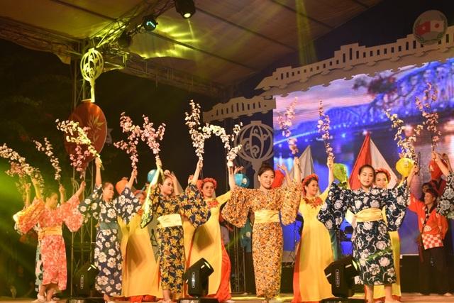 Liên khúc hát múa Hội An ngày mới và vang mãi bài ca hữu nghị Việt Nam-Nhật Bản