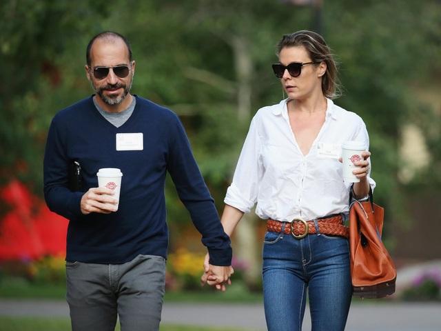 Năm 2012, Dara Khosrowshahi kết hôn với Sydney Shapiro. Cặp đôi này tự gọi họ là những kẻ khác người trong lĩnh vực khoa học, công nghệ. Tính đến nay, họ đã có cho mình 4 con nhỏ.