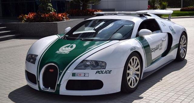 Chán siêu xe, cảnh sát Dubai chuyển sang môtô bay - 14