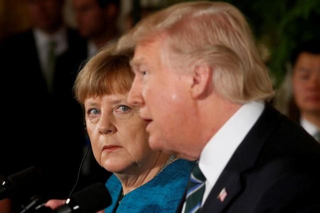 Tổng thống Trump và Thủ tướng Đức Angela Merkel trong cuộc họp báo ở căn phòng phía Tây, Nhà Trắng ngày 17/3/2017. (Ảnh: Reuters)