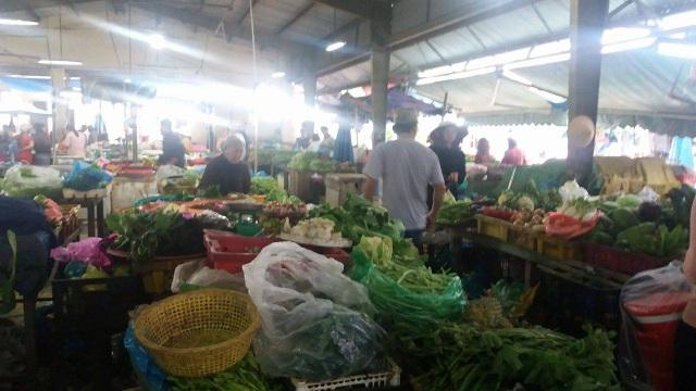 Các loại rau xanh cũng vẫn đang ở mức cao