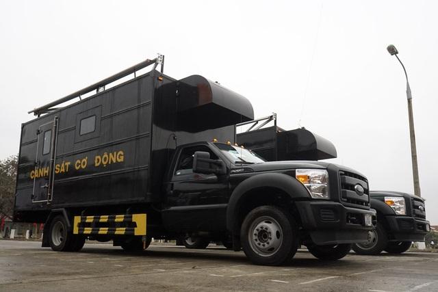 Xe chở tội phạm dùng trong nhiệm vụ chống khủng bố.