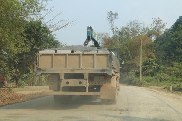 Tuy nhiên, sau đó ít phút chiếc xe này lại được cho tiếp tục cho lưu thông trên đường.