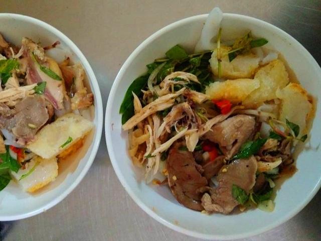 Món bánh ướt lòng gà Đà Lạt cũng lọt trong Top 100 món ăn đặc sản tiêu biểu của Việt Nam