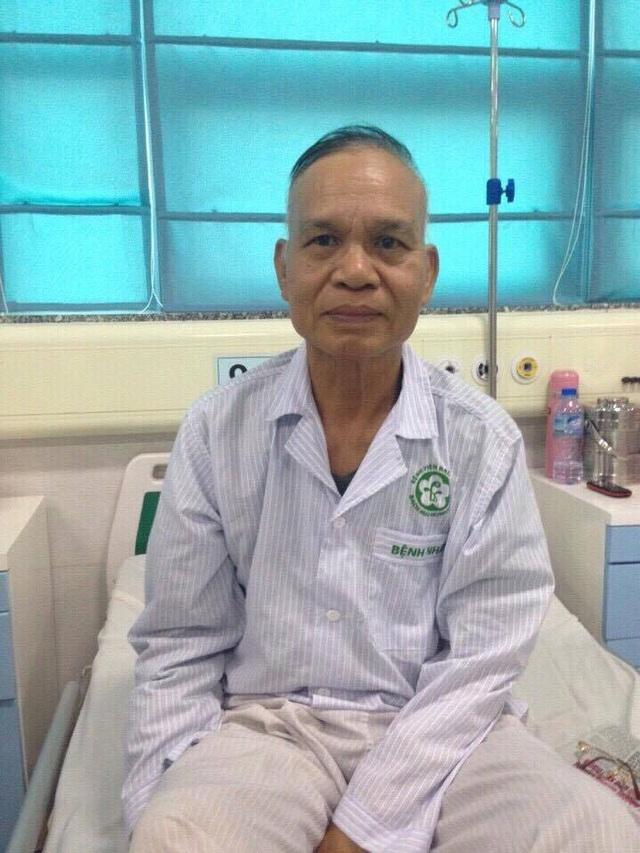 Bác Tân phát hiện ung thư dạ dày cùng lúc con gái bị ung thư phổi.